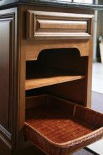 NY Glaze base cabinet